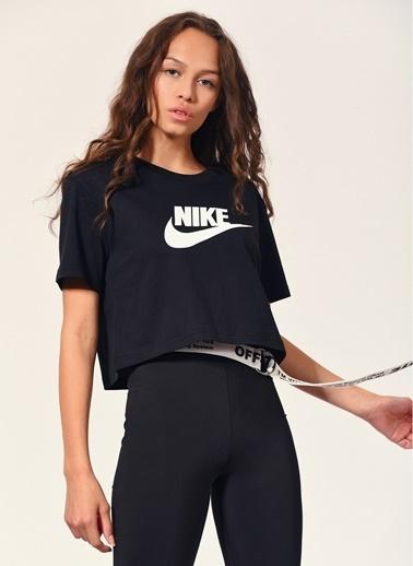 Nike Nike Sportswear Essential Kısa Kadın T-Shirt Siyah
